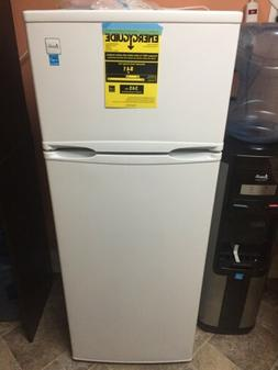 7 4 cu ft apartment size refrigerator